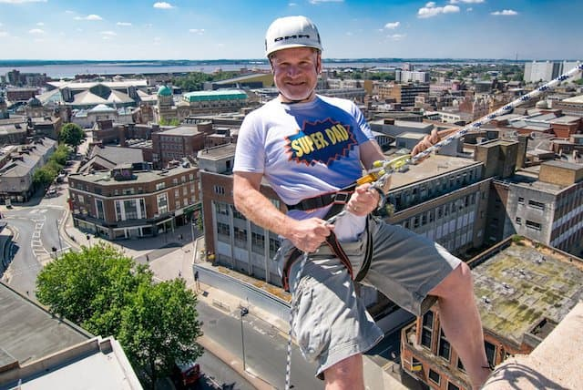 Abseiling-UK-Building