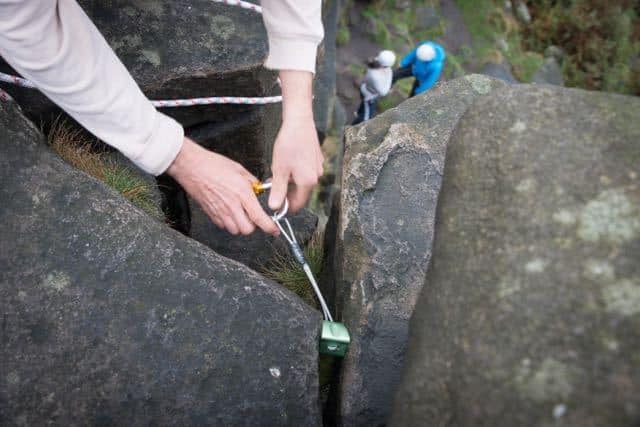 Anchor-Climbing-Rigging-Lesson-Yorkshire-Dales-Brimham-Rocks