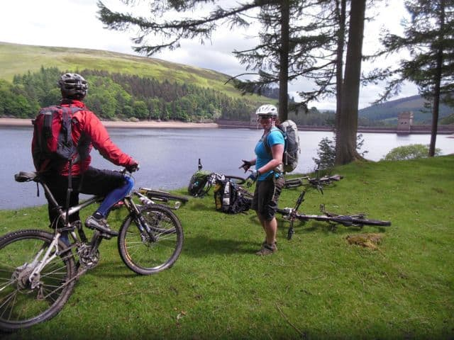 Biking at Ladybower - Peak District