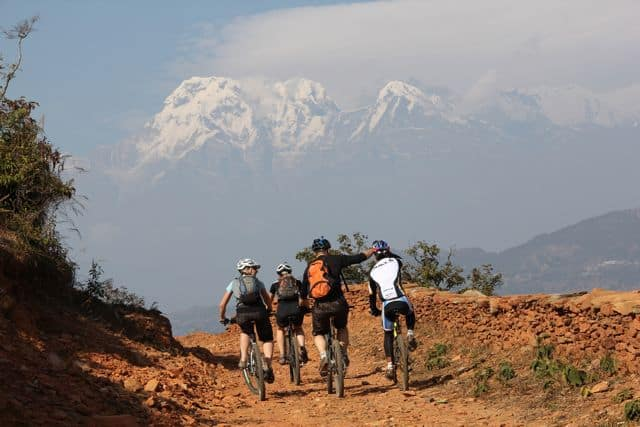 Biking_in_the_Annapurnas_1