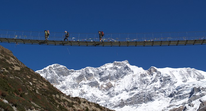 Annapurna Circuit Chulu Central crossing tour