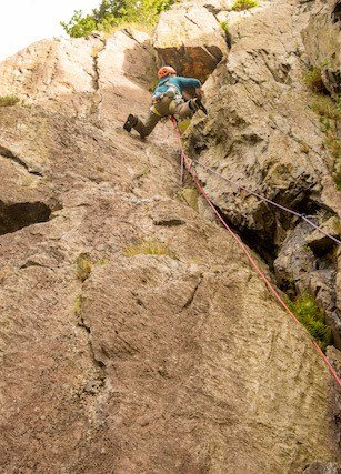 Climber-Leading-North-Wales