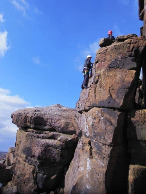 Climbing_on_the_great_Yorkshire_Gritstone_38