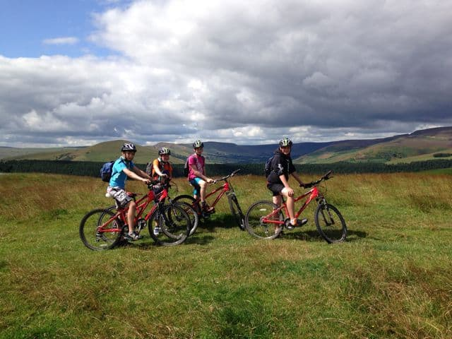 Cycling lessons for children in Peak District
