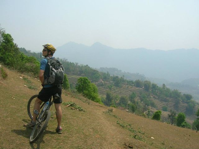Cycling_in_the_Annapurna_region_1