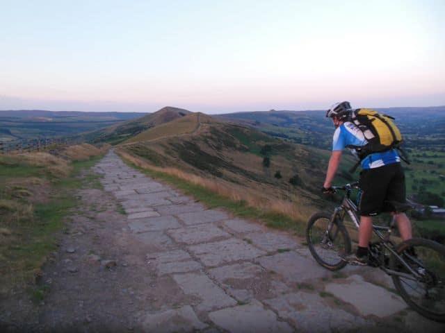 Cycling_near_Castleton_42