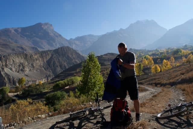 Descending-from-Muktinath