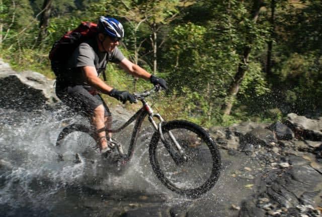 down-hill-mountain-bike-tour-nepal