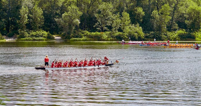 Dragon boat racing in the UK