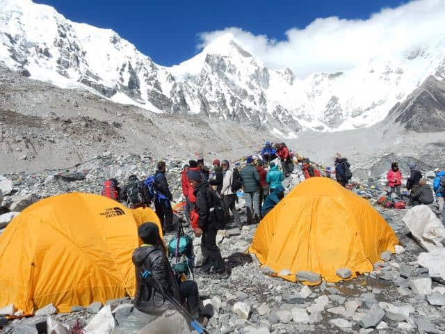 everest-base-camp-tents