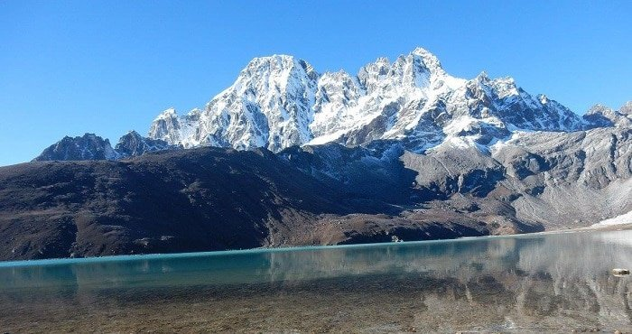 Gokyo-Lake-Everest-Trek