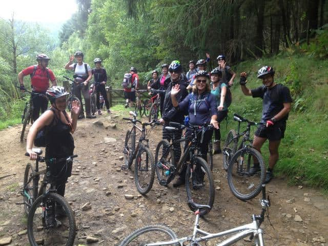 Group-Mountain-Biking