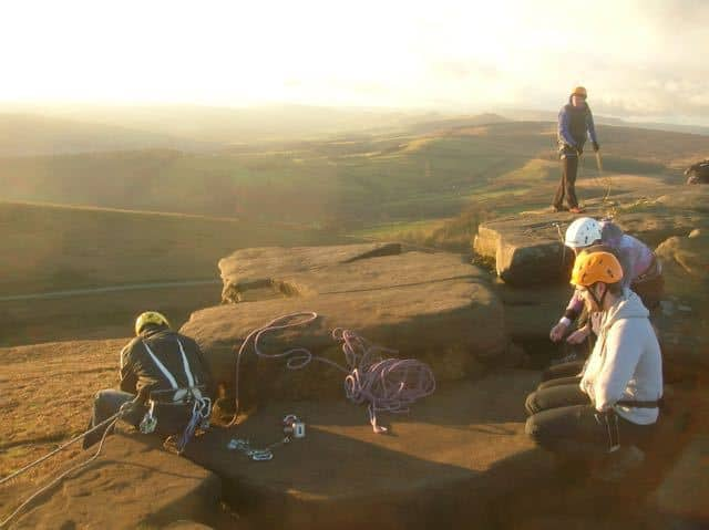 Group-Rigging-Practice-Course-Peak-District-Stanage