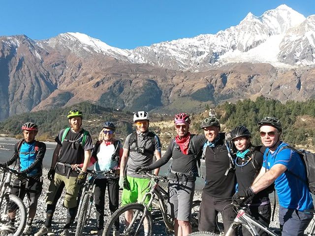Group-of-Mountain-Bikers