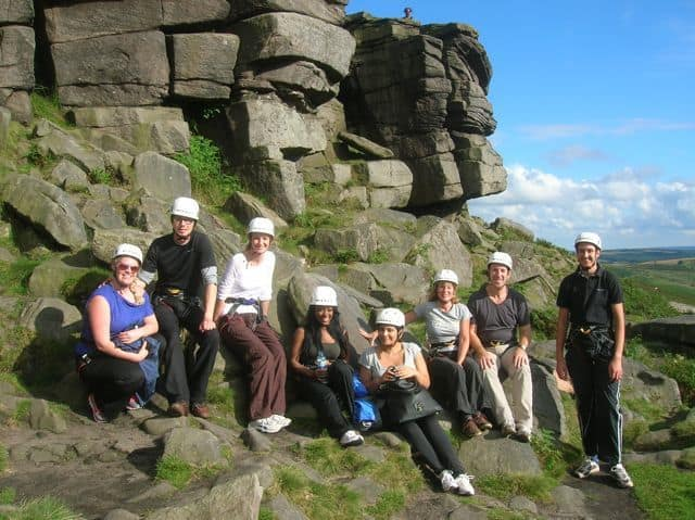 Group_climbing_day_out_in_the_Peak_District_5