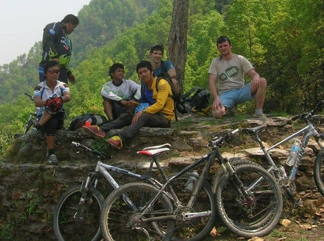 Hangin__with_the_pro_bike_riders_of_Nepal_12