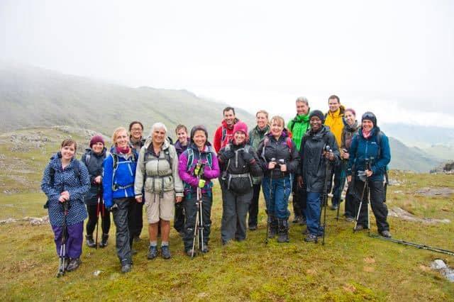 Hiking-Group-Peak-District-9-Edges