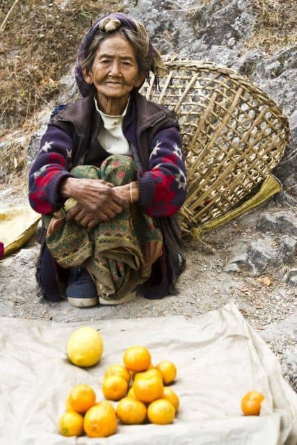 IMG_1092_Everest-Solu-sec_a-72-years-old-woman-who-sells-oranges-during-season-for-her-living_Samir-Jung-Thapa_GHTDP_4