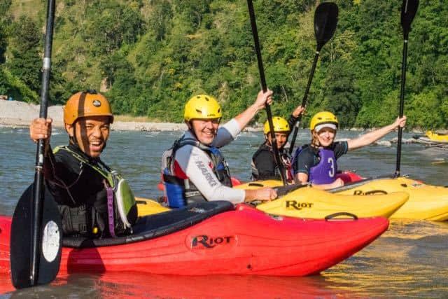 Kayaking-Group-Nepal