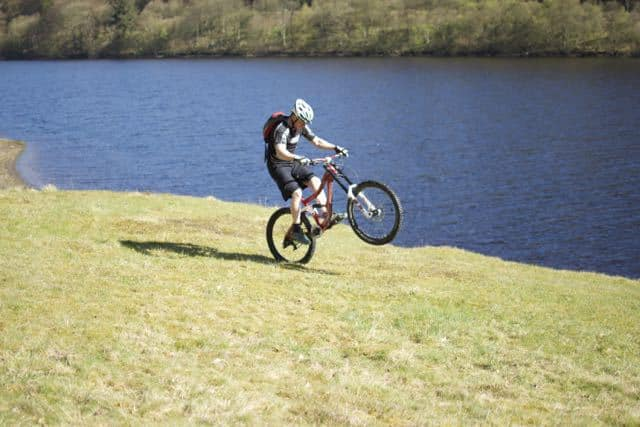 Learning-to-wheelie