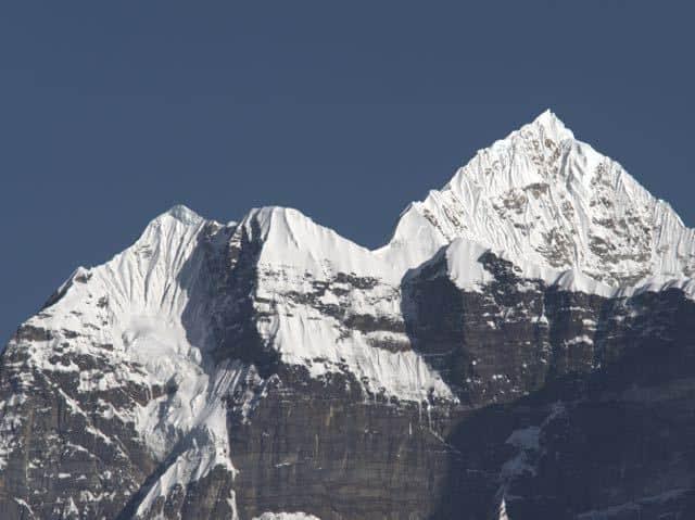 Makalu-Peak-Snowcapped