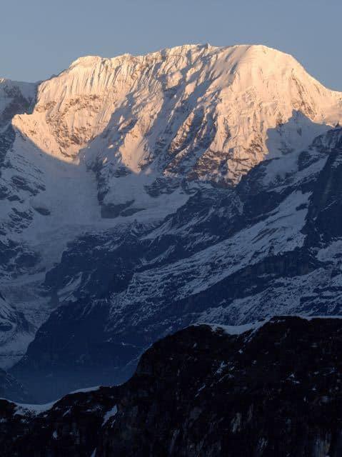 Makalu-Peak-Sunset-Snow