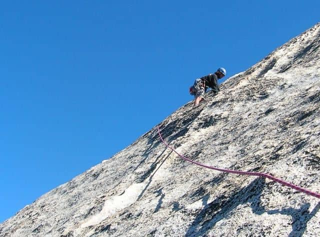 Man-Leading-Multi-Pitch-Climbing-Lake-District