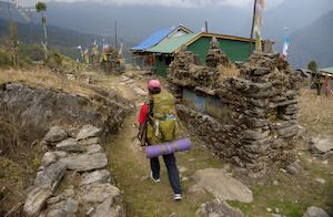 Solo traveller Trekking Makalu