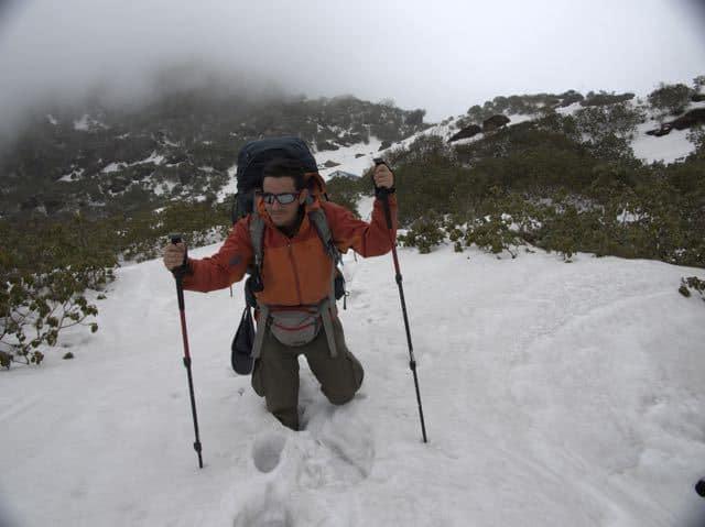 Man-Trekking-Snow-Makalu
