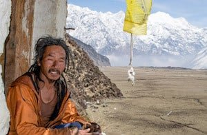 Monk-Manaslu-Circuit-Trek