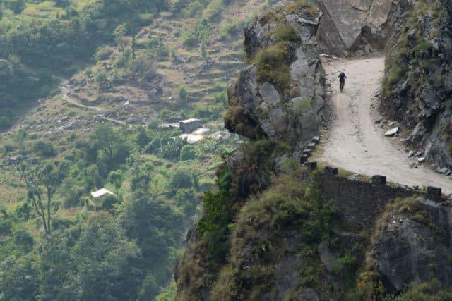 mountain-biking-around-annapurna