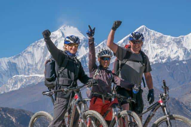 Mountain-Biking-Round-the-Annapurna-Circuit-Nepal