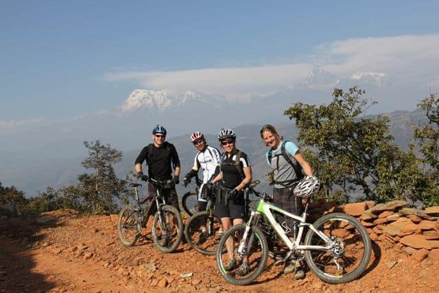 Mountain_biking_amongst_the_Annapurnas_53
