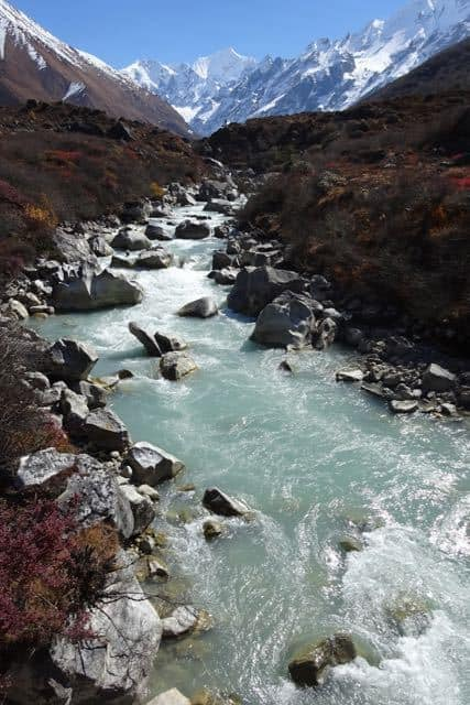 Mountains-and-River-Langtang
