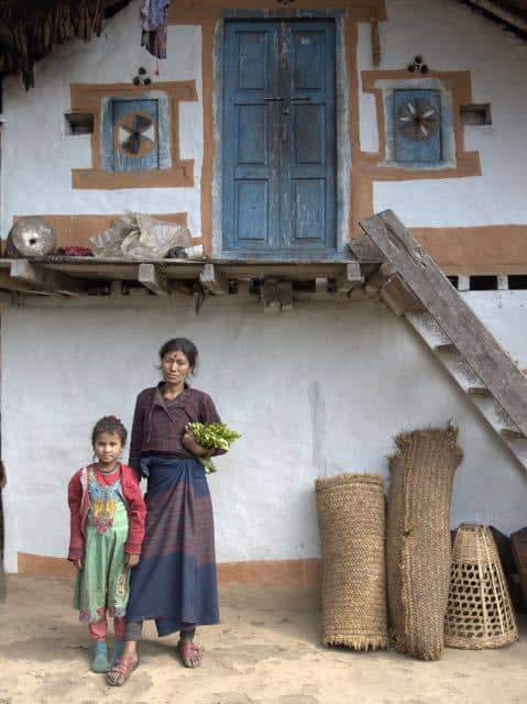 Nepal-Mother-Child-House-Culture