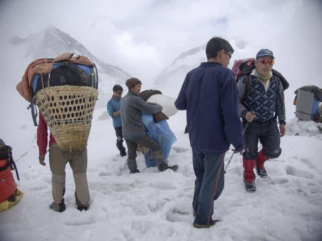 Nepalese-Local-Sherpa-Snow-Trek