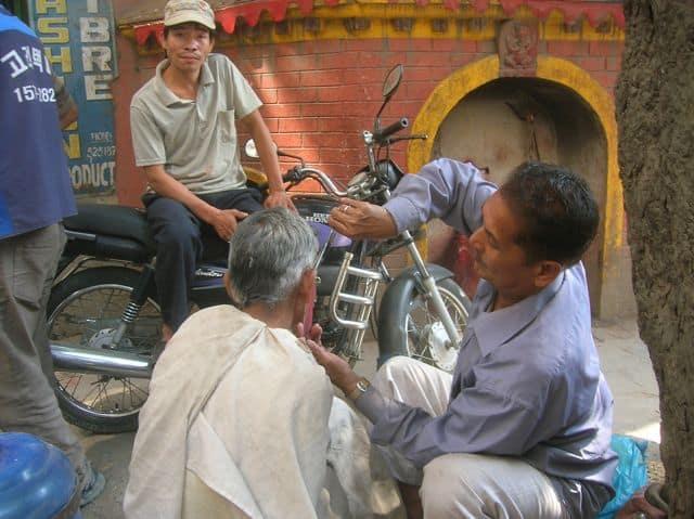 nepalese_hairdresser_15