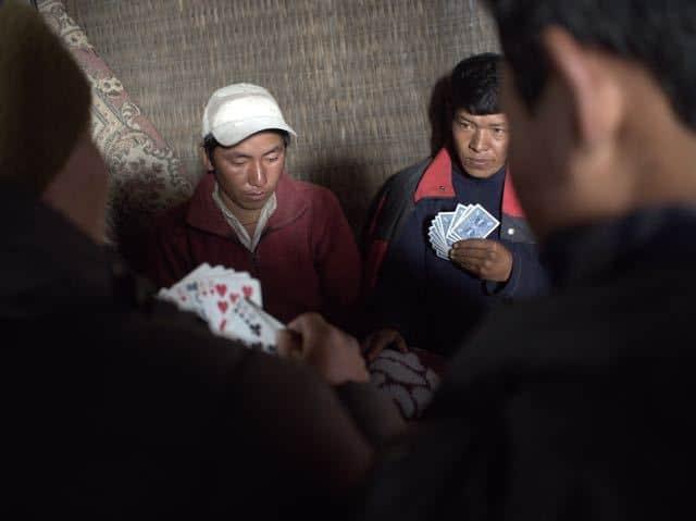 Nepali-Men-Cards-Playing