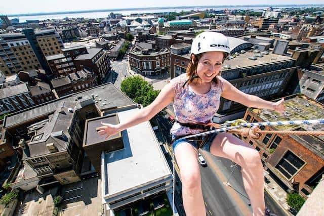 No-Handed-Abseil