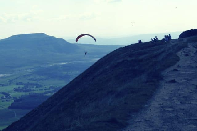 Paraglider_on_Whernside_21