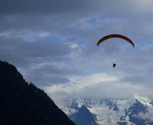 Paragliding_high_above_the_Nepalese_Himalaya_58