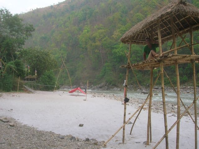 Raft_Camp_on_The_Bhote_Kosi_50