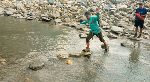 river-crossing-nepal