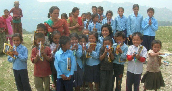 School-Children-Nepal-Share-The-Load