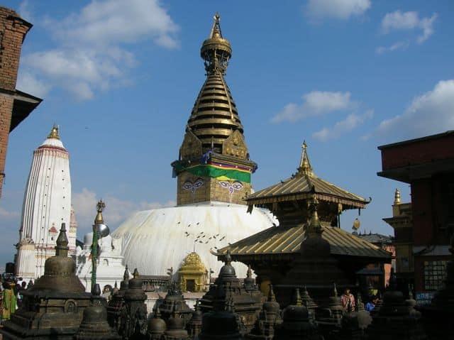 Stupa_at_the_Monkey_temple_8
