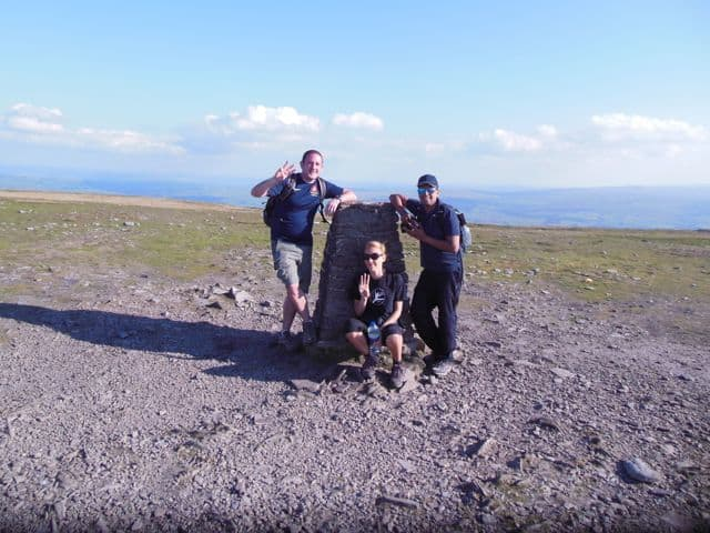 Summit_of_Ingleborough_38