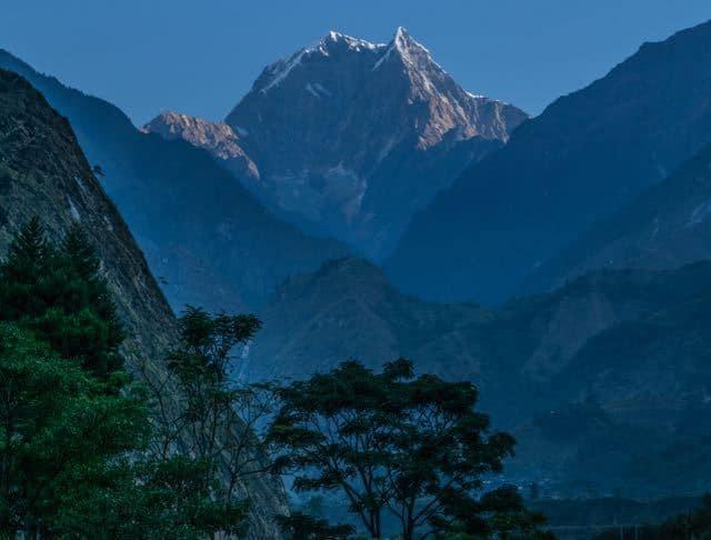 Tatopani-Annapurna-Circuit