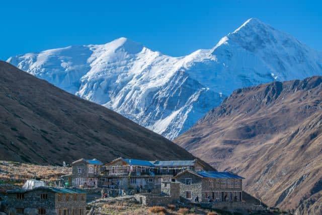 tea-house-trekking-nepal