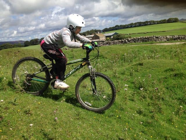 Teaching-Kids-to-Mountain-Bike