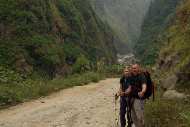 Trekkers-on-the-Annapurna-Circuit